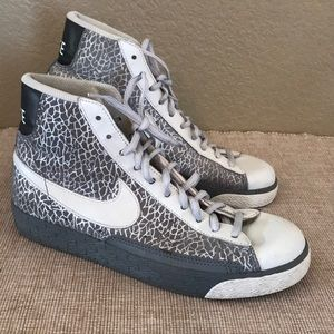 Nike shimmer shiny silver gray hi top size 8.5